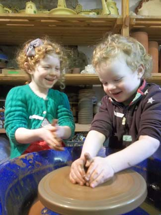 potter's wheel workshop sessions for children in the school holidays in herefordshire nr malvern