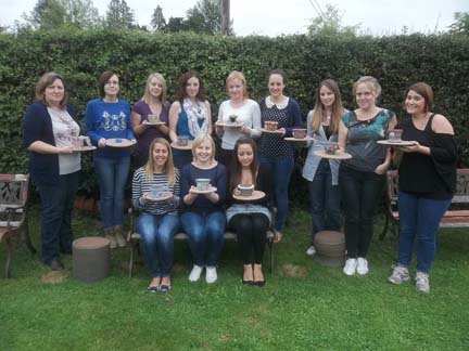 12 ladies from Basingstoke make pottery at an Eastnor Pottery hen party