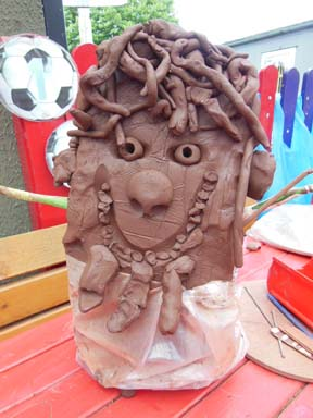 Potter Jon Williams worked with Tenbury Primary School Worcestershire