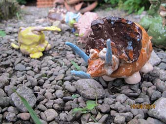 ceramic dinosaur models made at pottery party at eastnor pottery