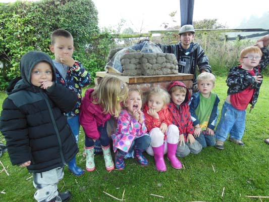 Bubbles Nursery in Eastnor Herefordshire came and worked with apprentice Ethan to make an earth oven in the Pottery garden