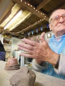 leadon bank residents ledbury visit eastnor pottery to make mugs 2