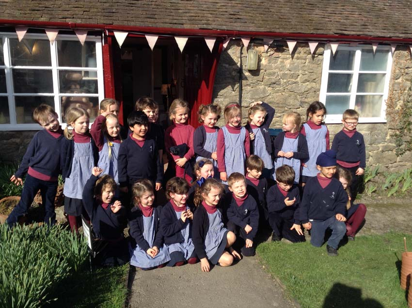 Winterfold House School visits pottery to work with ceramic artists at Eastnor Pottery