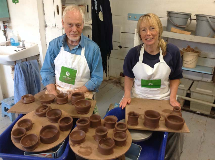 surprise birthday treat for couple to make pottery on the potterywheel