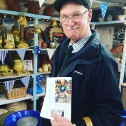 amputee chris trys pottery at eastnor pottery and the flying potter